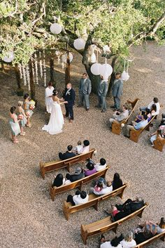 Nice aerial shot...and I really like the idea of old church pews for an outdoor ceremony.