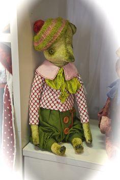 Medvidci teddy bear, Prague doll show