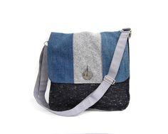 7bf84b0860 Borsa tracolla cartella uomo blue jeans grigio riciclo tessuto casual chic  unisex ecofriendly autunno inverno : Borse a tracolla di filoecoloridiila  #jeans ...