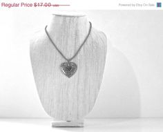 SALE 40% OFF Valentine's Heart Silver Metal Lariat by JustColor