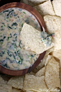 All-natural spinach queso dip