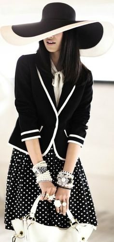 I think I could pull this off!!  black and white style ♥✤ | Keep the Glamour | BeStayBeautiful  repin by @Edressit