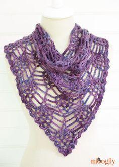 Free Berry Harvest Bandana Cowl One Skein Crochet Pattern