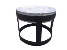 Concrete coffe table with iron structure