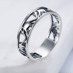 Pretty elephant ring in sterling silver Sizes:  5.5   6   7  7.5  Free Shipping