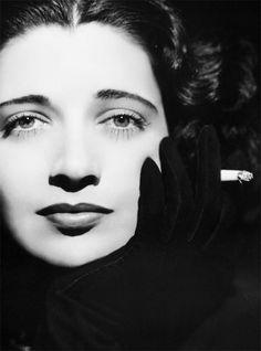 A  Kay Francis close up