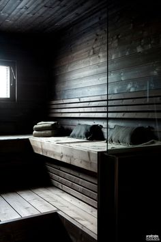 Saunas that I enjoy looking at. Beautiful saunas, saunas with interest. Saunas that I wish I had the pleasure to use. Sauna Steam Room, Sauna Room, Hammam Massage, Mini Sauna, Sauna Seca, Spa Sauna, Portable Sauna, Sauna Design, Outdoor Sauna