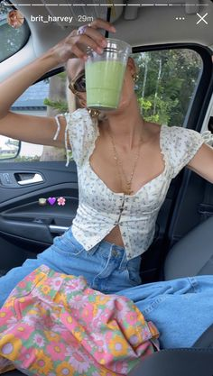 Summer Girls, Hot Girls, Mode Outfits, Fashion Outfits, 90s Fashion, Summer Aesthetic, Sky Aesthetic, Flower Aesthetic, Travel Aesthetic