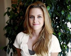 Kristen Jaymes Stewart is an American actress who is best known for playing Bella Swan in The Twilight Saga film   News Villas