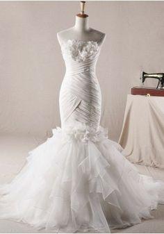 Chic Taft Schulterfrei Meerjungfrau asymmetrischen Falten bedeckt Volant Schluss Brautkleid