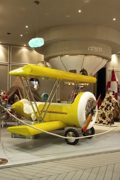 This kids airplane kids bed with an aviation-inspired design is perfect for an airplane theme decoration for kids Cool Kids Bedrooms, Kids Bedroom Designs, Kids Rooms, Home Decor Furniture, Kids Furniture, Airplane Kids, Airplane Room, Incredible Kids, Comfort Zone