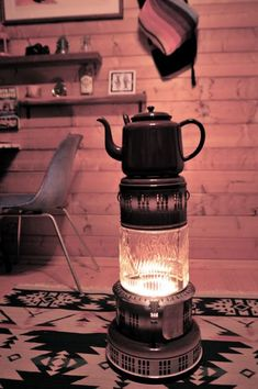 Kerosene Heater, Vintage Stoves, Antique Stove, Mason Jar Lamp, Tiny Living, Parlour, Victorian Homes, Decor Styles, Small Living