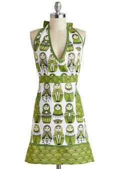 Nesting 1, 2, 3 Apron, #ModCloth. Hello this is the gift I would love to own...