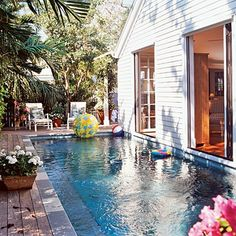 small backyard pool....this would totally work in my yard
