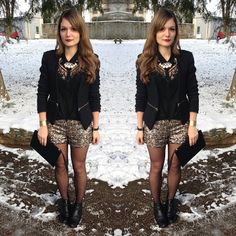 Ma tenue de nouvel an ✨ En doré et noir cette année : ❄️http://paulinedress.blogspot.fr/2015/01/and-happy-new-year.html ❄️ (Rdv sur l'article pour la description et le lien des vêtements de la tenue) ✨ Vu que je faisais juste une soirée en famille, j'ai opté pour des Chelsea boots plutôt que des talons, histoire d'être a l'aise et de braver la neige ❄️ #outfit #newyear #réveillon