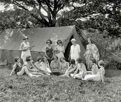 14 Glorious Vintage Summer Camp Photos