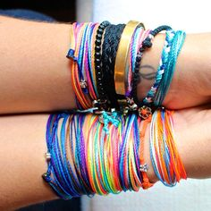 So many colours, so little time! Brighten up your practice with these waterproof bracelets, perfect for sweaty yoga.