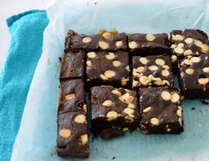 These Thermomix Chocolate Chip Brownies are one of my all time favourite recipes as they are just so easy to make! Chocolate Chip Brownies, White Chocolate Chips, Baking Tins, Sprinkles, Cocoa, Favorite Recipes, Desserts, Cakes, Thermomix