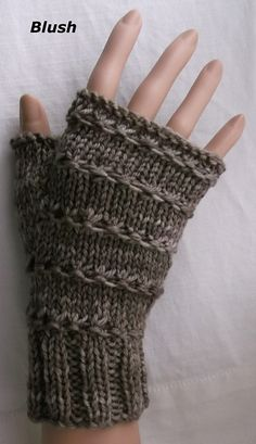 Ravelry: Three patterns for mittens pattern by Brian smith Loom Knitting Patterns, Knitting Stitches, Knitting Yarn, Free Knitting, Crochet Patterns, Knitting Tutorials, Hat Patterns, Stitch Patterns, Wrist Warmers