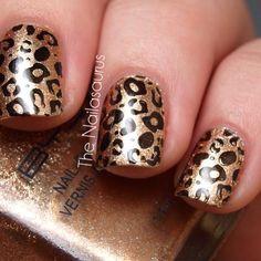 Animal print, shiny copper gold with black leopard nails Uk Nails, Love Nails, How To Do Nails, Hair And Nails, Leopard Print Nails, Leopard Prints, Animal Prints, Nailed It, Nailart