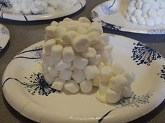 Don't limit yourself to gingerbread houses this year. Try making some edible igloos. A great activity that goes with Jan Brett's, Three Snow Bears. Chipman's Corner Preschool: I is for Igloo