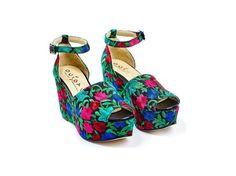 Ouigal è una linea di scarpe Made in Italy realizzate in materiali naturali: pelle, legno, sughero, corda.