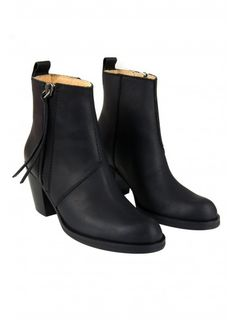 Acne Pistol boots #acne #boot #fashion #style