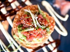 http://cdn.womensunitedonline.com/fabulousfoods.com/articles/featured/ahi_tuna_tostada.jpg