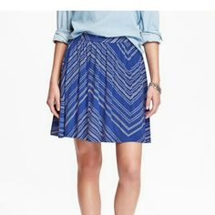 Old Navy Circle Skirt Royal blue and white patterned circle skirt. Cute and flirty. I thought it would fit.... Make an offer. Photo courtesy Old Navy website Old Navy Skirts Circle & Skater