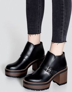 Pull&Bear - woman - shoes - boots and ankle boots - high heel ankle boots with buckle - black - 11105211-V2017