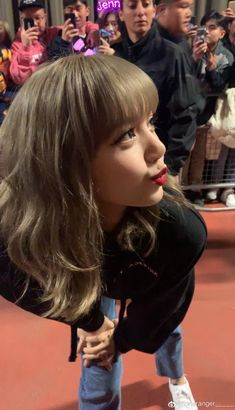 Discovered by lisa. Find images and videos about kpop, blackpink and lisa on We Heart It - the app to get lost in what you love. Jennie Blackpink, Blackpink Lisa, Lisa Chan, Forever Young, Jenny Kim, Lisa Blackpink Wallpaper, Homo, Blackpink Photos, Kim Jisoo