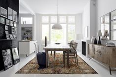 Persian carpet / Sarough / Modern classics / Hans Wegner Wishbone chair / modern kitchen