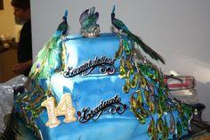 Peacock Birthday and graduation cake Peacock Birthday Party, Birthday Cake, Cupcake Cakes, Cupcakes, Graduation, Drink, Google Search, Food, Beverage
