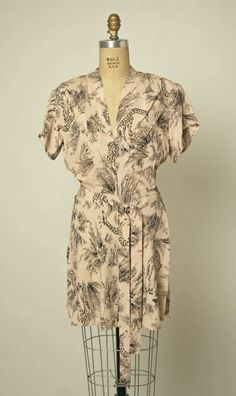 A 1947 blouse with a tropical giraffe print, most likely designed by Gilbert Adrian.