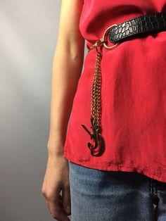 Versace Chain Vintage Belt. 150$ #atributevintagestore #versace #vintageversace #VersaceBelt #vjceiling #belt #etsyseller
