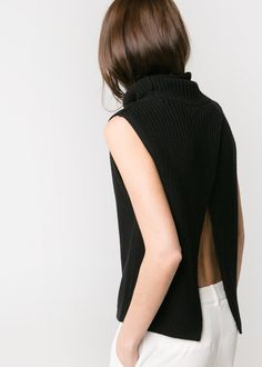 Via Mango | Open Back Top | Black | Minimal Chic Fashion