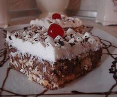 γλυκο ψυγειου - Page 2 of 6 - Daddy-Cool. Greek Sweets, Greek Desserts, Party Desserts, Greek Recipes, Candy Recipes, Dessert Recipes, Low Calorie Cake, Icebox Cake, Small Cake