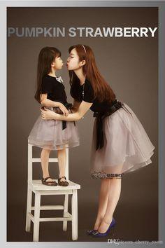 2015 Familie Kleidung Schmetterling Tulle-Kleid Mutter Tochter Designer-Kleider Sommer passende Familie Kleider Kinderkleidung 5799