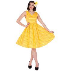 Šaty Dolly and Dotty Wendy Yellow Polka Puntíkaté krásky, kterým se prostě neříká ne, navíc za báječnou cenu! Skvělý model vhodný na retro večírek či běžné nošení. V přední i a zadní části s výstřihem do V, na ramenou mírně nabrané, projmuté v pase s rozšířenou sukní, zapínání na krytý zip na zádech, součástí pásek se sponou potaženou látkou ve stejném vzoru (některé velikosti mají další v bílé barvě pro lepší doladění vašeho outfitu). Velmi příjemný, lehčí materiál (95% bavlna, 5% elastan)…