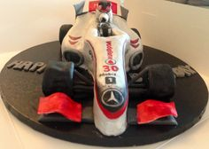 Formula 1 McLaren birthday cake Celebration Cakes, 40th Birthday, Formula 1, Special Events, Baby Car Seats, Party Themes, Wedding Cakes, Birthdays, The Incredibles
