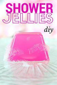 DIY Lush Inspired Recipes - DIY Shower & Bath Jellies (Lush Inspired) - How to Make Lush Products like Bath Bombs, Face Masks, Lip… Diy Spa, Shower Jellies Diy, Bath Jellies, Diy Shower, Shower Gel, Homemade Beauty Products, Hair Products, How To Make Beauty Products, Body Products