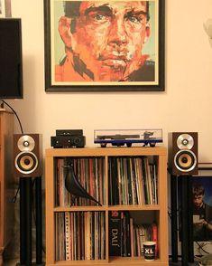 Thanks Vern for the share. Nice little setup :) #vinyloftheday #vinylporn #vinyligclub #vinyl #vinylcommunity #vinylcollection #vinylcollectionpost #vinylcollector #vinyladdict #vinyljunkie #recordroom #recordcollector #recordcollection #roomoftheday #music #lp