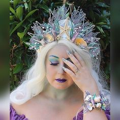 My newest mermaid crown, bracelet, and claws now available in my Etsy shop (link in profile). . Makeup details: @morphebrushes 35B, 9B, and 06F palettes; @nyxcosmetics Liquid Suede Lip Stick in Amethyst; @houseoflashes Iconic Lashes; @sugarpill Asylum; and @houseofbeauty.co Lip Hybrid in Aquarius.