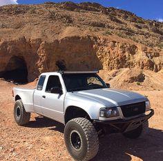 Ford Ranger Prerunner, Ford Ranger Lifted, Ranger 4x4, Ranger Truck, Mini Trucks, Cool Trucks, Ford Off Road, Custom Ford Ranger, Tactical Truck