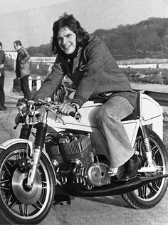 Barry Sheen Drilled A Hole Through The Front Of His Crash Helmet So That He Could Smoke A