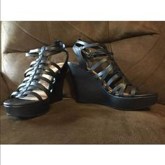 BRAND NEW FIONI WEDGE TORRID SANDAL SIZE 10 NEW WITHOUT BOX SIZE 10. FIONI Shoes Wedges