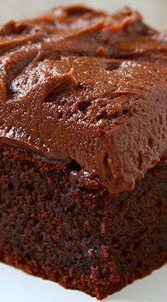 Needs THM modifications Chocolate Sour Cream Cake ~ Incredibly fudgy! Sour Cream Chocolate Cake, Chocolate Desserts, 8x8 Cake Recipe, Sour Cream Cookies, Baking Recipes, Cake Recipes, Dessert Recipes, Yummy Treats, Food Porn