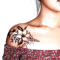 Shoulder Tattoos For Women, Sleeve Tattoos For Women, Tattoos For Women Small, Small Tattoos, Tiny Tattoo, Tattoo Women, Feminine Shoulder Tattoos, Cool Shoulder Tattoos, Tattoo Baby