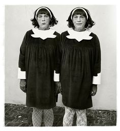 Diane-arbus-_-identical-twins-roselle-new-jersey-1967