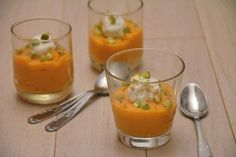 Carrot, goat cheese and pistachio aperitif verrine - Au Fil du Thym - Dinner Party Menu, Dinner Party Recipes, Tapas, Healthy Popcorn, Gourmet Recipes, Healthy Recipes, Food Platters, Easy Cooking, Goat Cheese